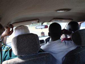 マラウイ湖 車中