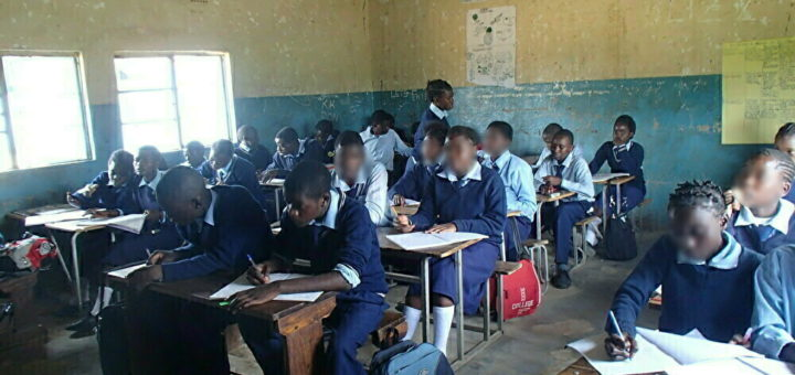 Africa Zambia school ザンビア 教師 学校