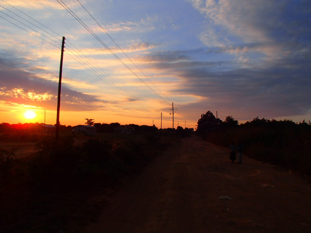 zambia sky africa sunset 学校 アフリカ 夕日